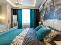 Бирюзовые шторы под цвет текстиля в спальне