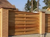 деревянный забор-плетень