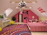 Интерьер комнаты девочки-подростка на мансарде