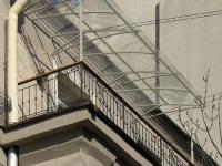 Прозрачная крыша-навес для балкона