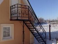 Металлическая мансардная лестница