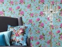 Голубые с цветами обои для комнаты в стиле прованс