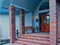 Облицовка лестницы и колонн крыльца кирпичом