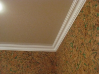 Плинтус на потолке