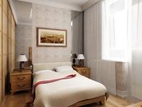 Узкая спальня с небольшими прикроватными тумбочками